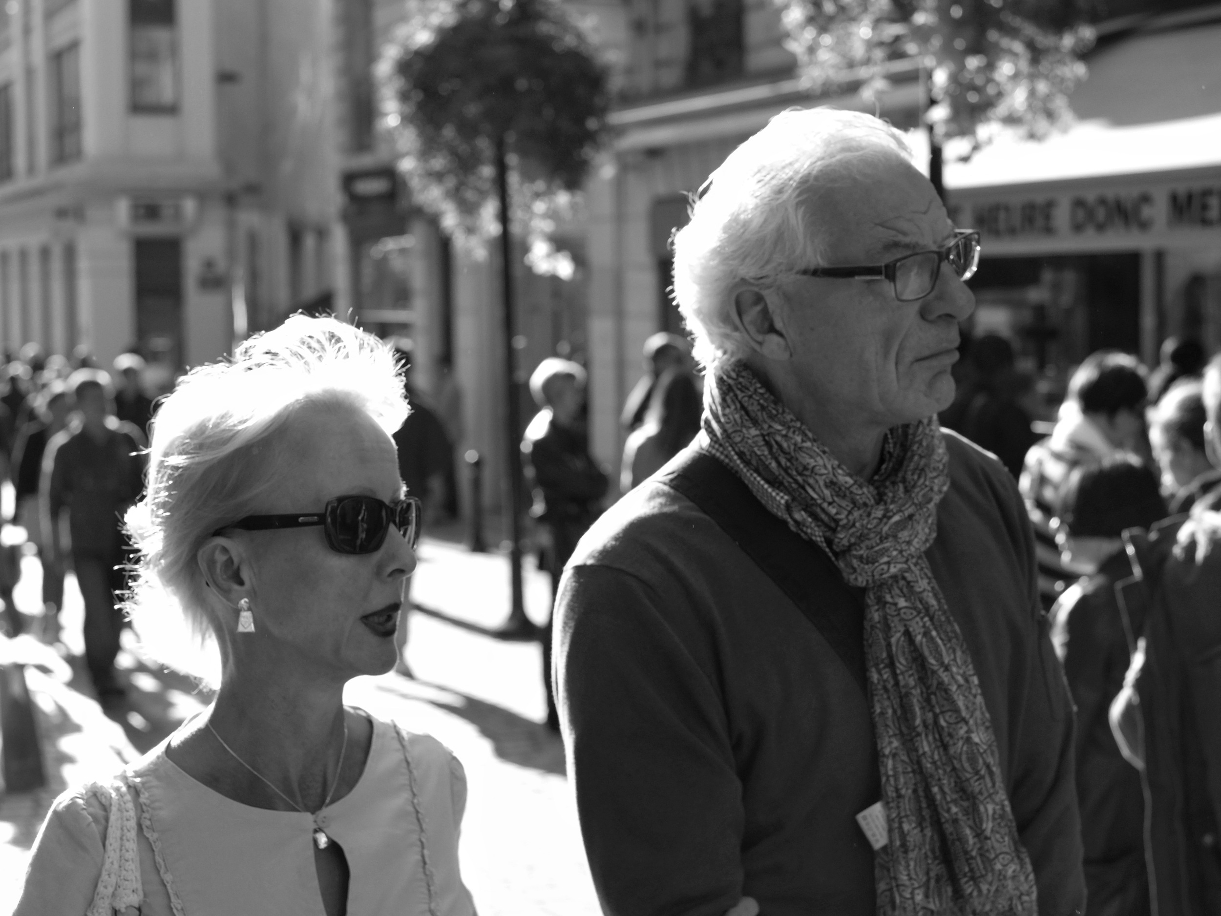 Couple walking in Nantes - Fuji X-Pro1